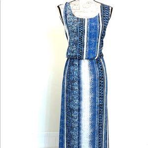 Forever 21 Plus Blue & White Print Maxi Dress